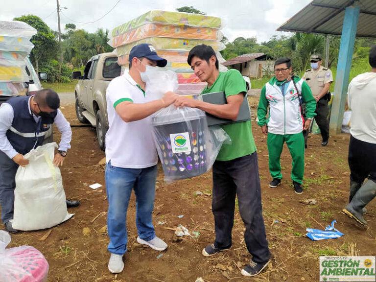 Entrega de Kits de Asistencia Humanitaria  por el desbordamiento del río Oso, parroquia Simón Bolívar