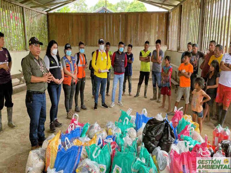 Entrega de Kits de Asistencia Humanitaria  por el desbordamiento del río Villano, parroquia Curaray